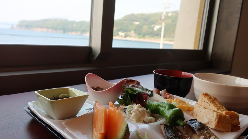 竜宮の使い 朝食バイキング