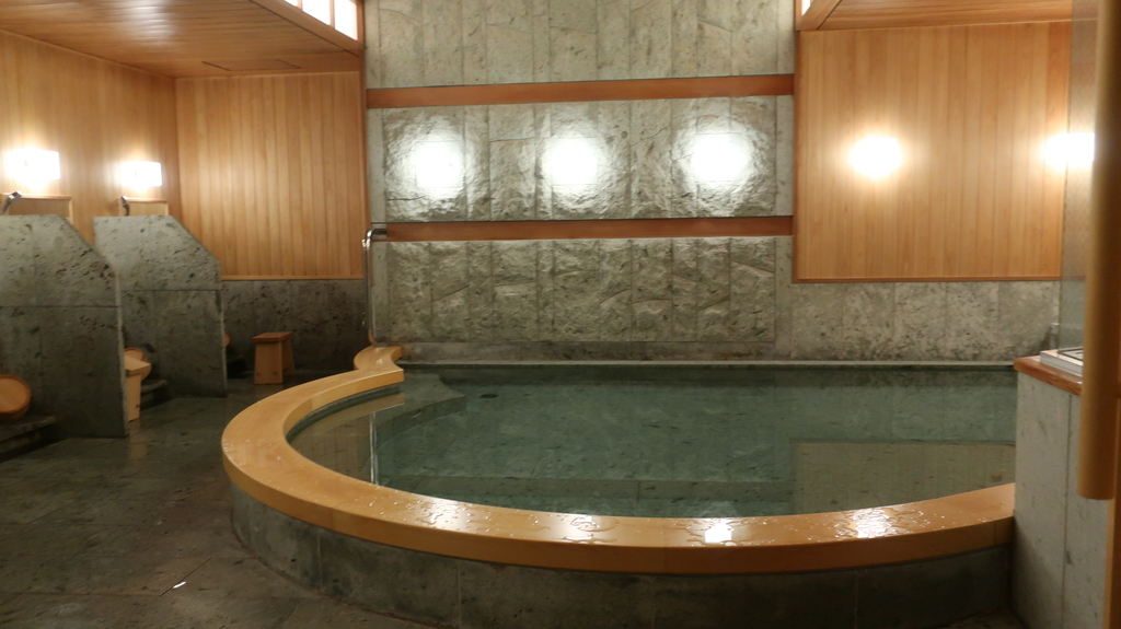 椿山荘  温泉