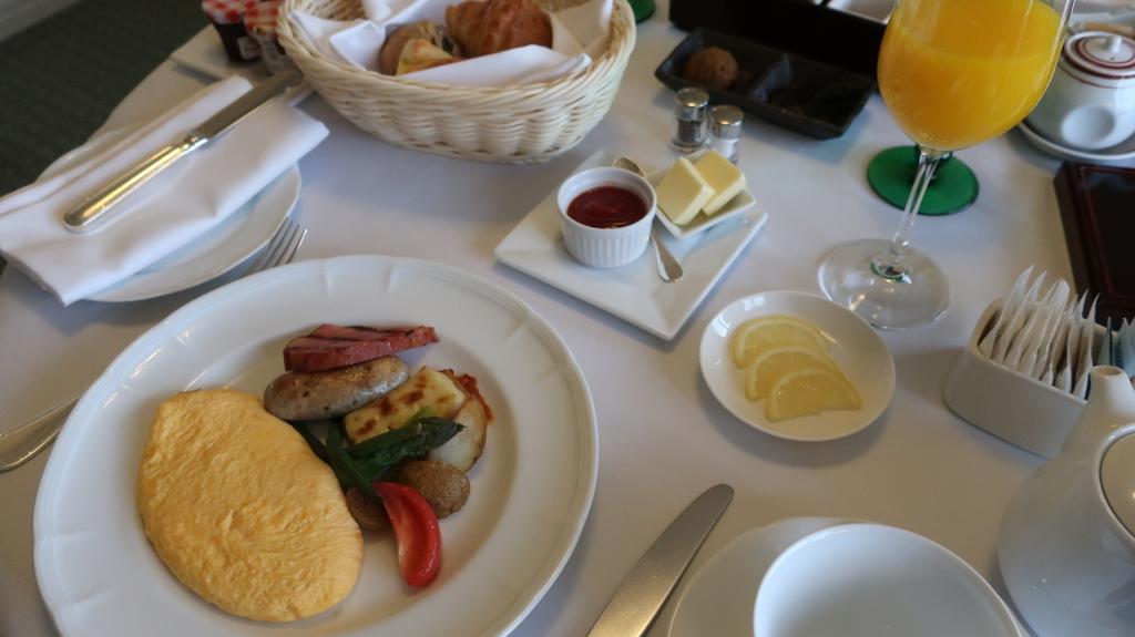 椿山荘  朝食