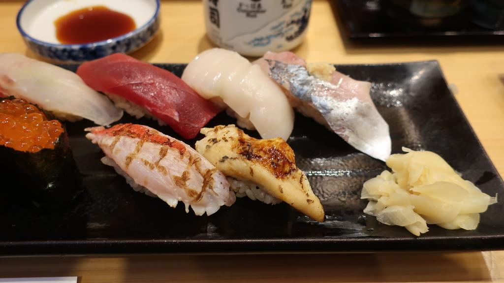 豊洲市場  神楽寿司