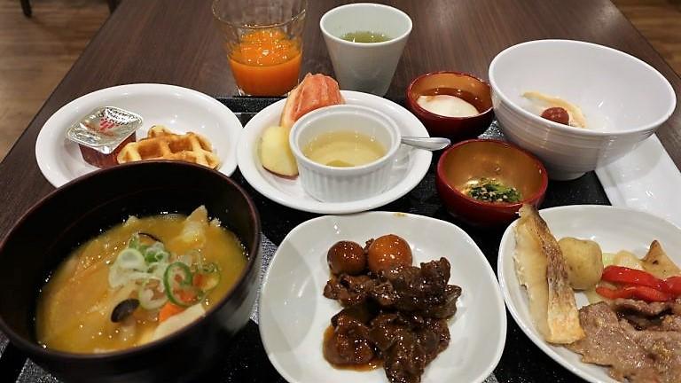 ドーミーイン甲府湯ノ丸の朝食バイキング