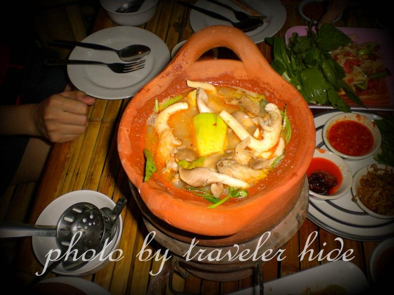 タイ東北部の鍋料理