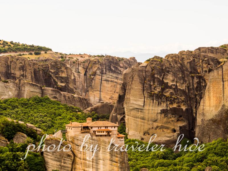 メテオラのメガオ・メテオロン修道院(Megalo Meteoro)からの眺め