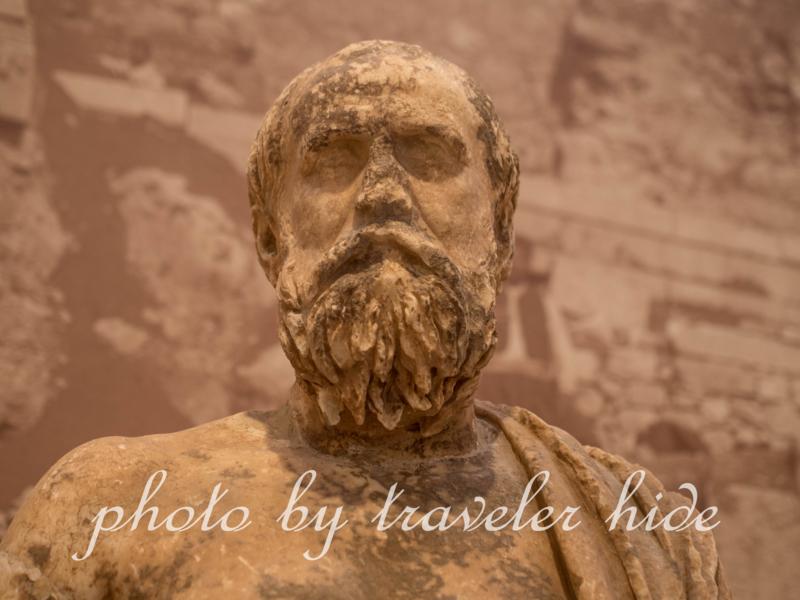 デルフィ博物館の彫刻