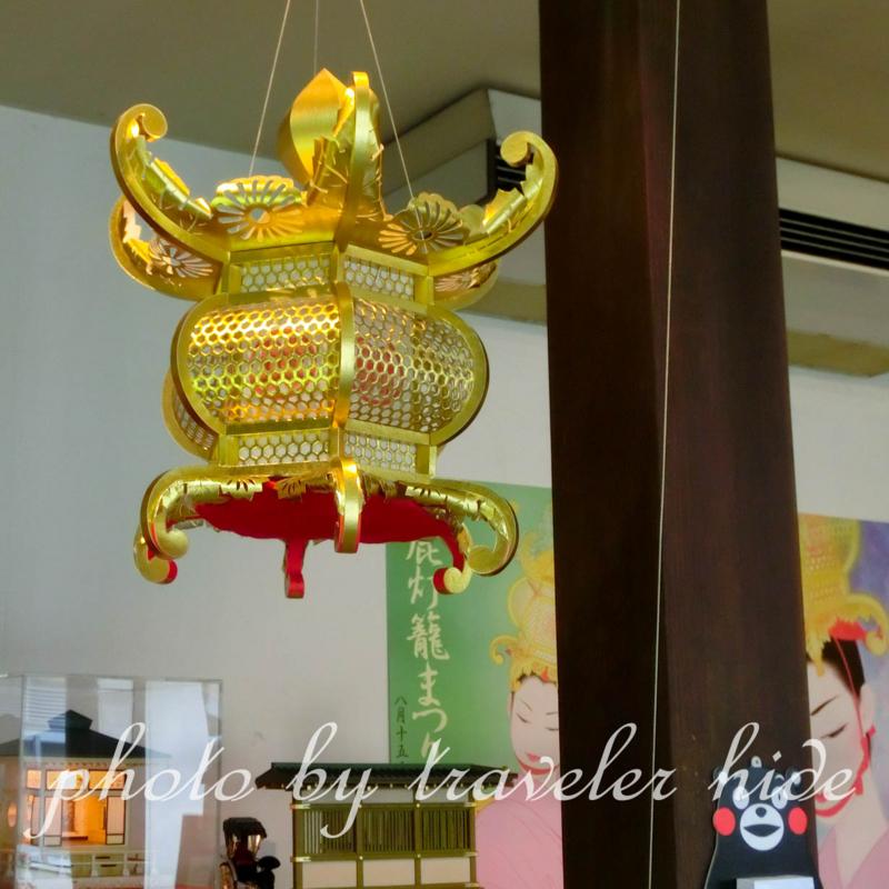 山鹿灯籠民芸館に展示されている灯籠
