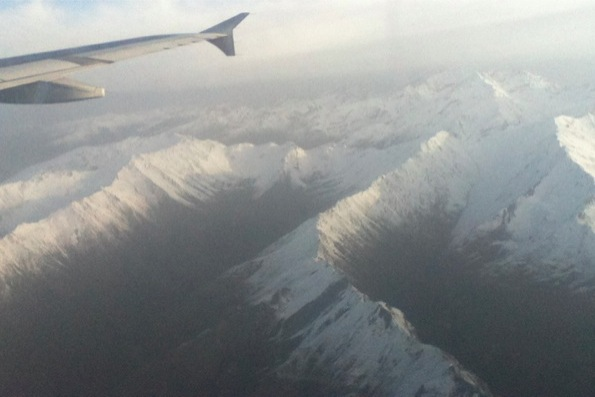 四川九寨黄龍空港へ向かう飛行機からの景色