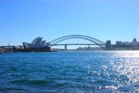 オペラハウス(Sydney Opera House)とハーバーブリッジ(Harbour Bridge)