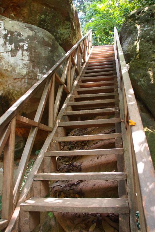 クバール スピアン(階段)