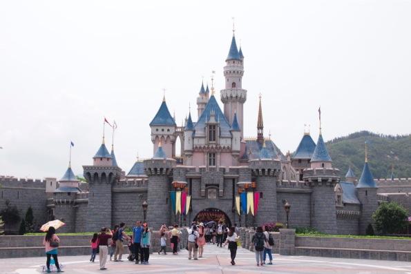 眠れる森の美女の城(Sleeping Beauty Castle)