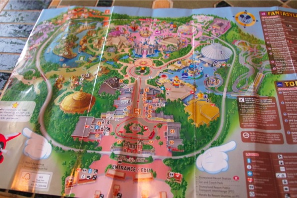 香港ディズニーランド/Hong Kong Disneylandの地図