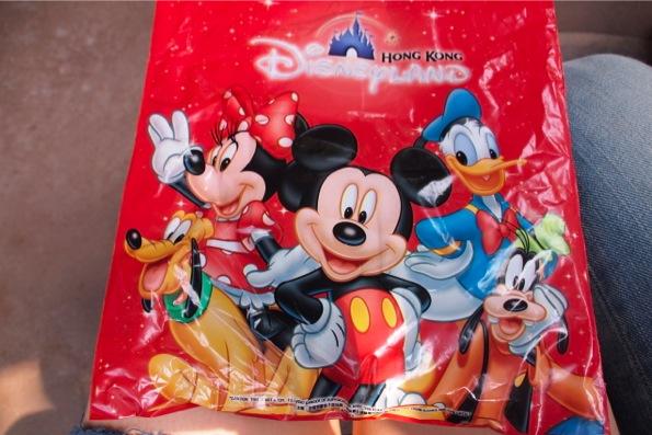 香港ディズニーランドのお土産袋