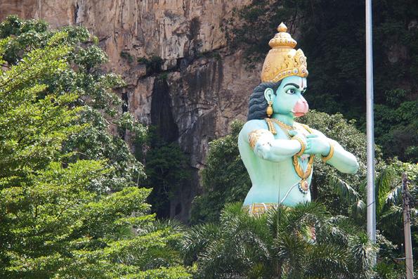 バトゥケイブのハヌマーン像