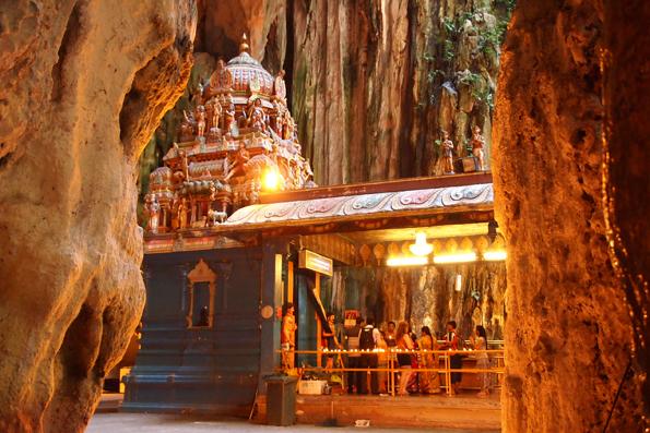 バトゥケーブの寺院