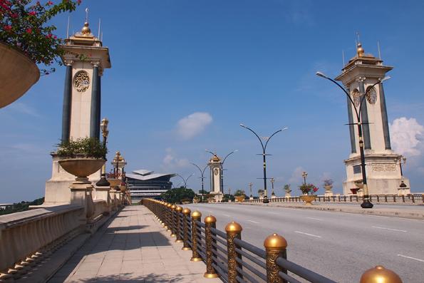 スリ・グミラン・ブリッジ(Jambatan Seri Gemilang/Seri Gemilang Bridge)