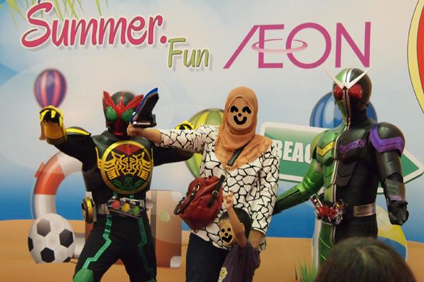 マレーシアのAEON(イオン)で見かけた仮面ライダー
