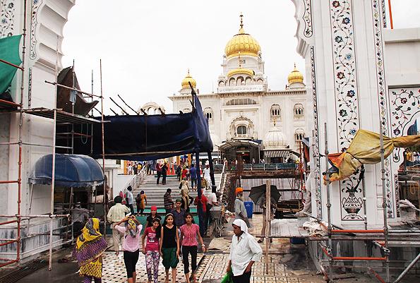シク教寺院「グラッドワーラ・バングラサーヒブ(Bangla Sahib Gurdwara)」