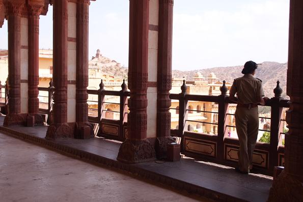 ピンクシティジャイプール観光・世界遺産「アンベール城」
