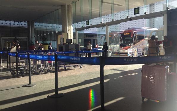 メキシコシティ空港バスターミナル