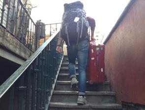 グアナファトのトンネルから地上へ上がる階段
