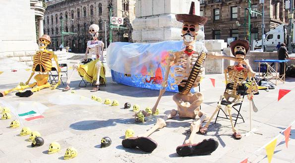 メキシコシティ・死者の日のデコレーション(ガイコツ)