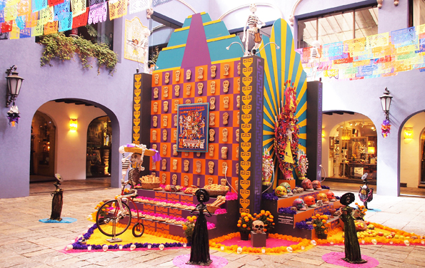 メキシコシティ・死者の祭りのデコレーション