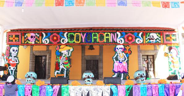 死者の日に撮影したメキシコシティのコヨアカン