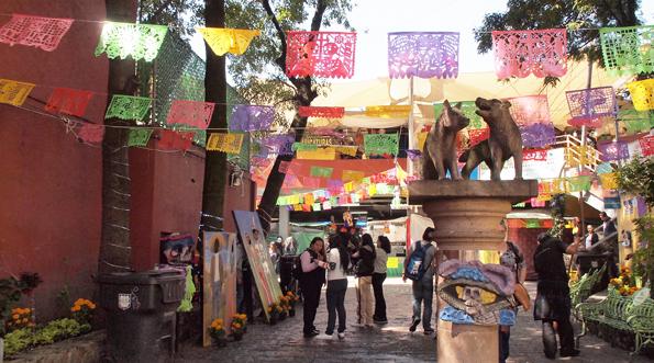 メキシコシティのコヨアカンのコヨーテ