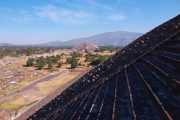 メキシコの世界遺産「テオティワカン遺跡」太陽のピラミッド