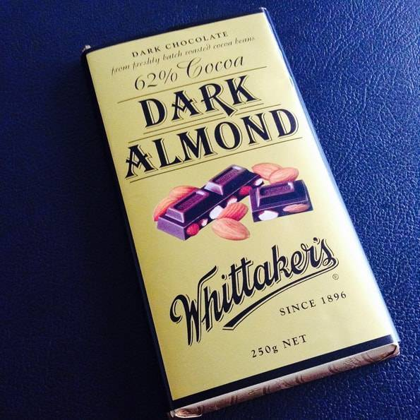 Whittaker's (ウィッタカーズ)ダークアーモンド(62% Cocoa Dark Almond