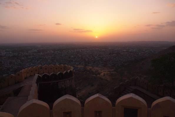 夕日が綺麗なナルガール城塞
