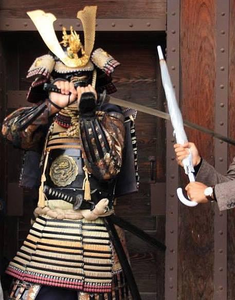 松本城の侍