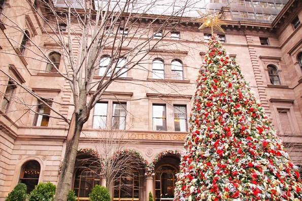 ゴシップガールのロケ地・ロッテ ニューヨーク パレス ホテル(Lotte New York Palace Hotel)のクリスマスツリー