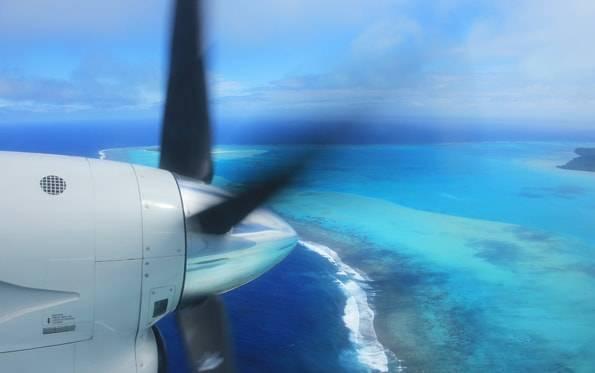クック諸島のアイツタキを上空から