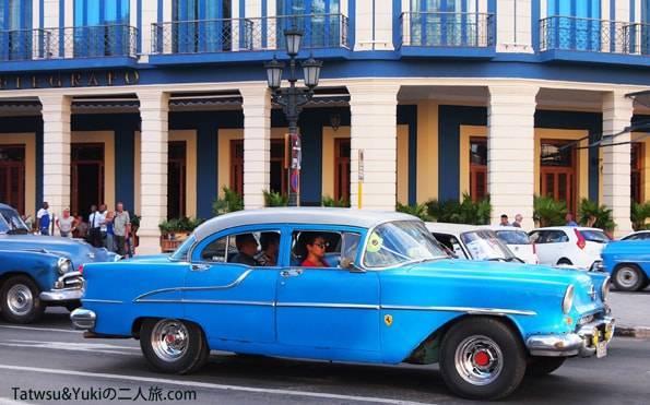 キューバのオールドハバナのクラシックカー