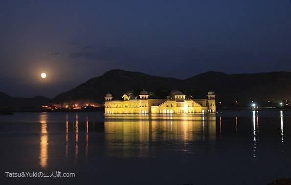 インド・ジャイプール(水の宮殿)