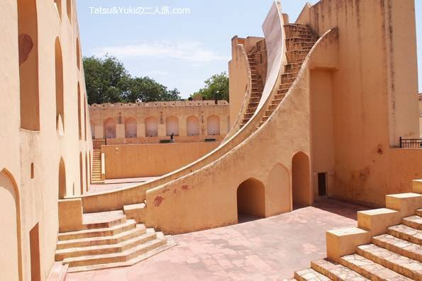 インド・ジャイプール(世界遺産の天文台「ジャンタルマンタル」)