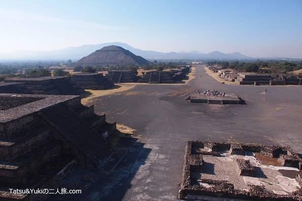 メキシコの世界遺産のピラミッド