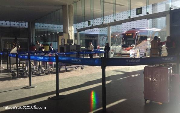 メキシコシティ空港の長距離バス乗り場