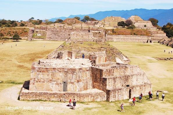メキシコ・オアハカ・世界遺産のピラミッド「モンテアルバン遺跡」の天体観測所