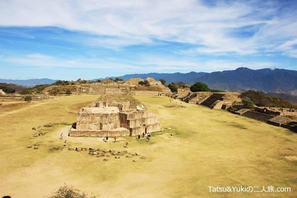 メキシコ・オアハカ・世界遺産のピラミッド「モンテアルバン遺跡」