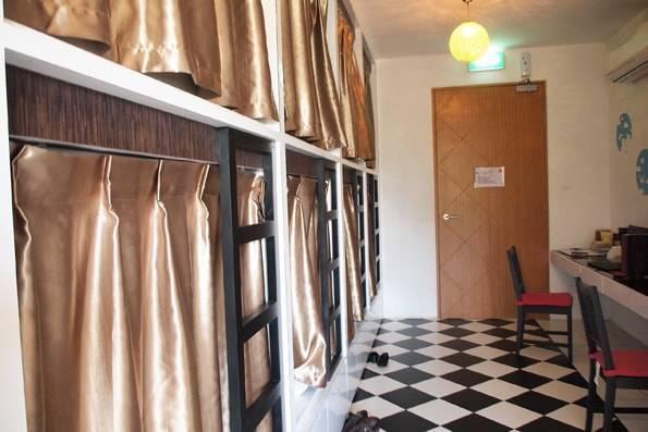 シンガポールの二人部屋のホテル