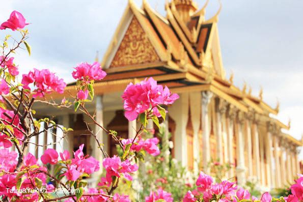 プノンペン観光(シルバーパゴダ・カンボジア王宮)