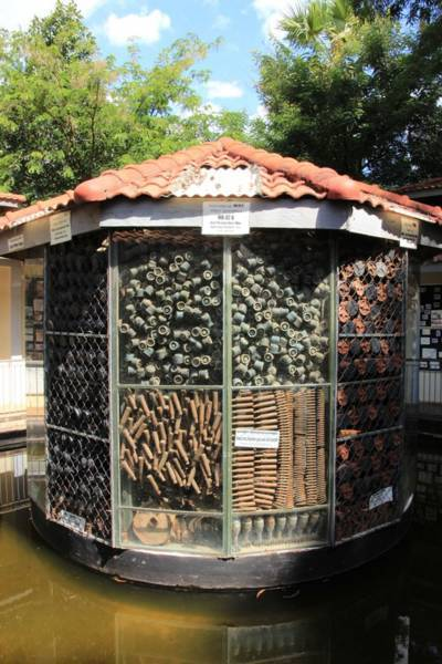 カンボジア・アキラ地雷博物館