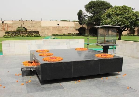 インド・デリーのラージガート(ガンジーのお墓)