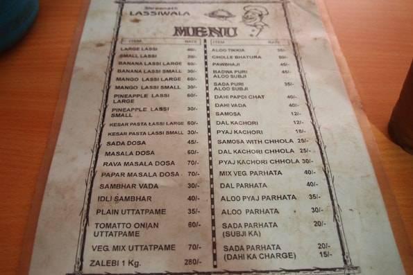 インド・ジャイプールのラッシーワーラー (LassiWala)のメニュー