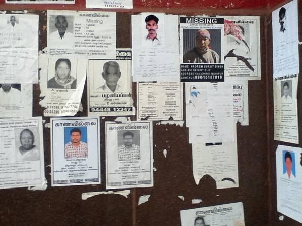 インドの行方不明者を探す張り紙