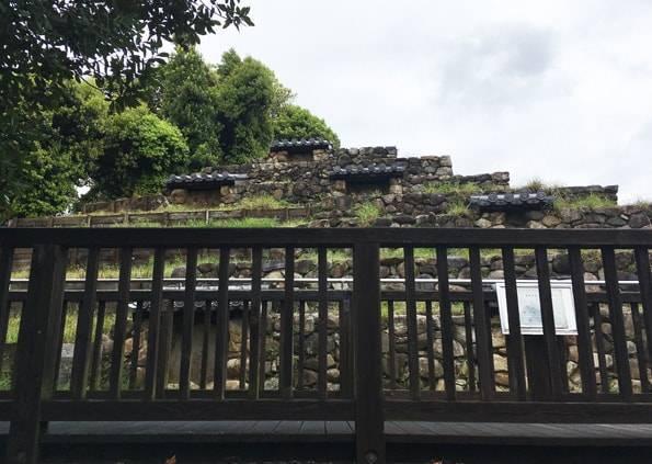 奈良の頭塔