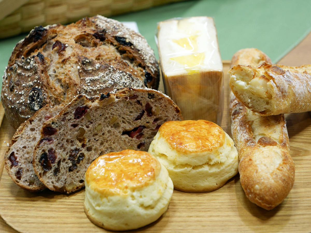 川崎市・綱島街道沿いにある「Vertu375(ベルチュサンナナゴ)」は食パン、リュスティックのサンドイッチが人気