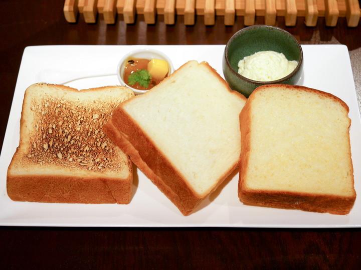 極上 鎌倉食パン 3種食べ比べセット(1350円税別)