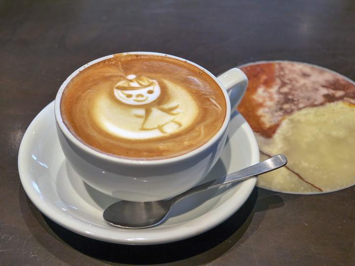 Urth Caffé(アースカフェ)横浜ベイクォーター店